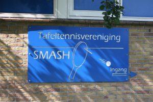 Tafeltennisvereniging Smash bord buiten